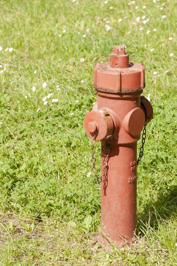 Roter Hydrantbau stockbild