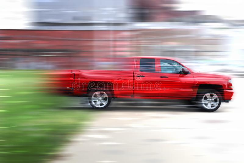 Roter Kleintransporter lizenzfreie stockfotografie