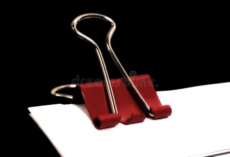 Download Roter Klipp stockbild. Bild von schreibarbeit, sicher, befestigung - 44437