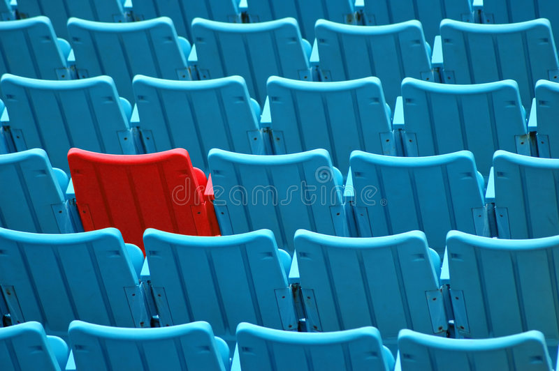 Roter Sitz lizenzfreie stockfotos