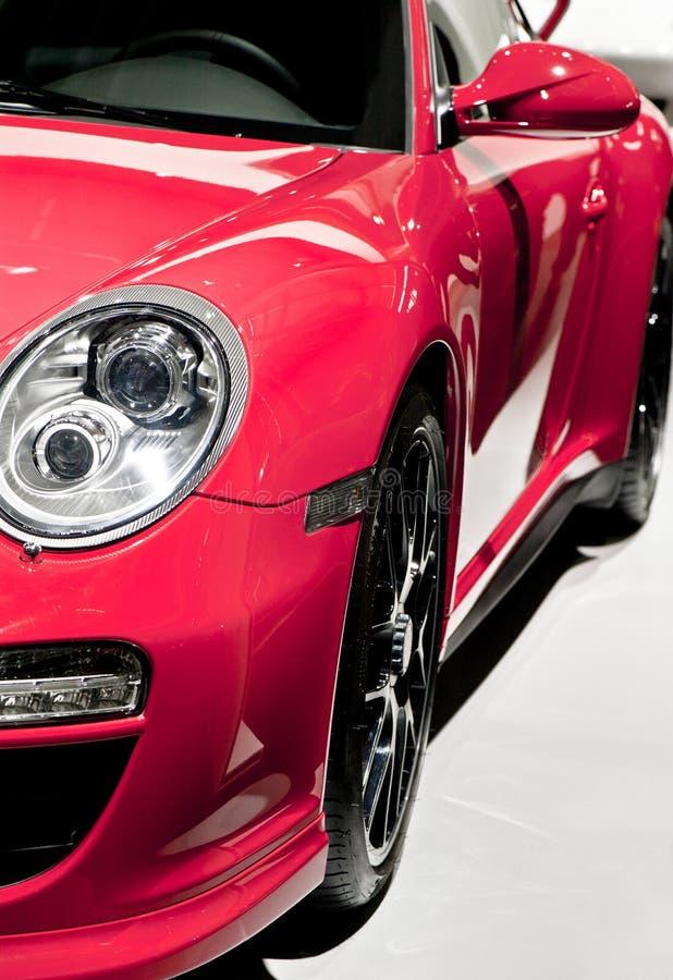 Roter Sportwagen lizenzfreies stockfoto