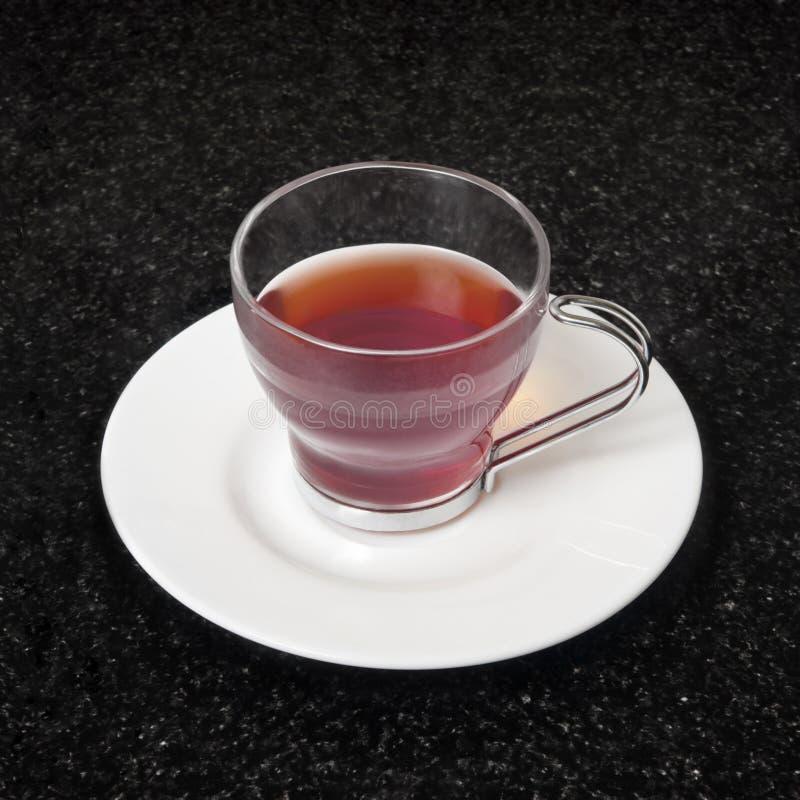 Roter Tee lizenzfreie stockbilder