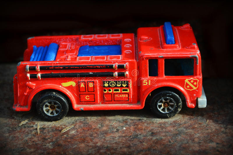 Roter Toy Firetruck stockfoto