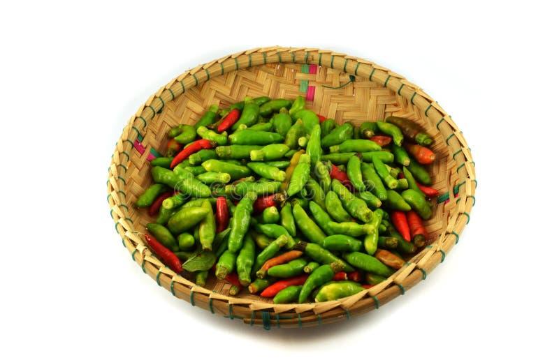 Roter und grüner thailändischer Paprikapfeffer stockfoto