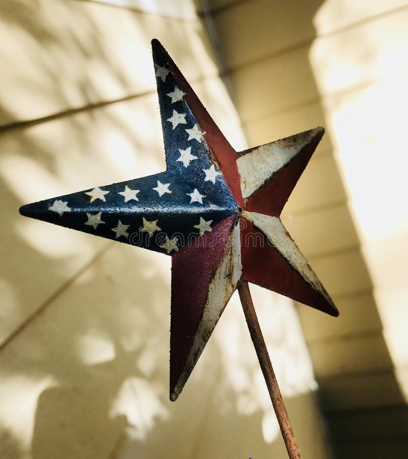 Roter, weißer und blauer Stern für Juli 4. lizenzfreies stockfoto