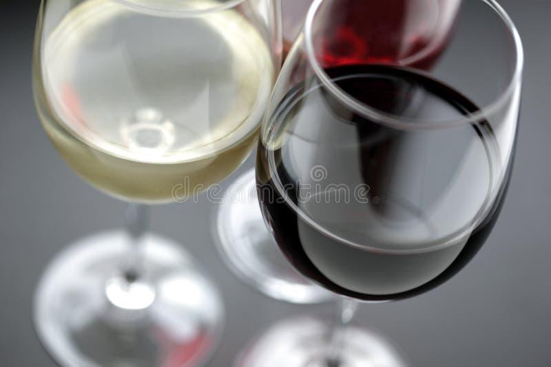 Roter, weißer und rosafarbener Wein lizenzfreie stockbilder