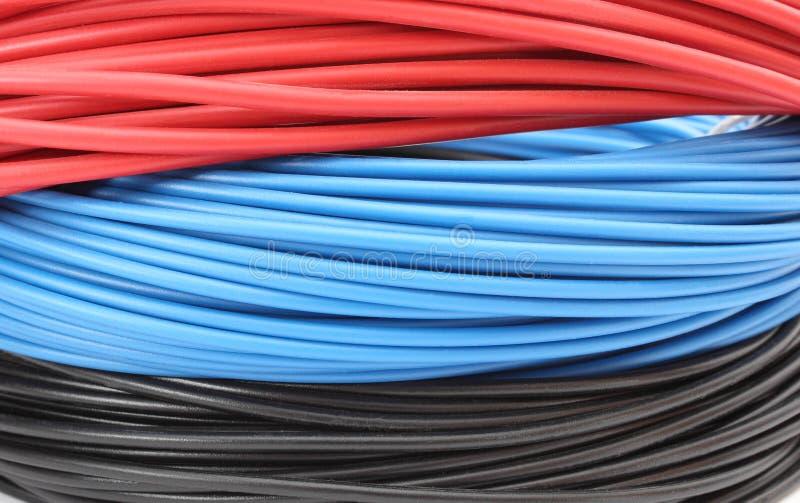 Rotes, Blaues Und Schwarzes Kabel Auf Weißem Hintergrund Stockbild ...
