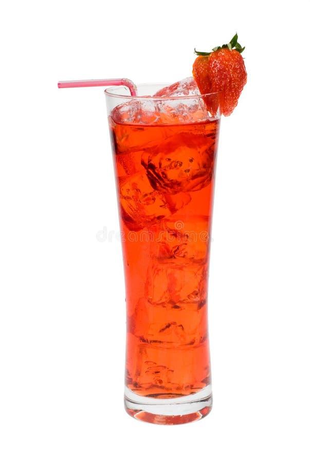 Rotes Cocktail mit Erdbeere lizenzfreie stockfotografie
