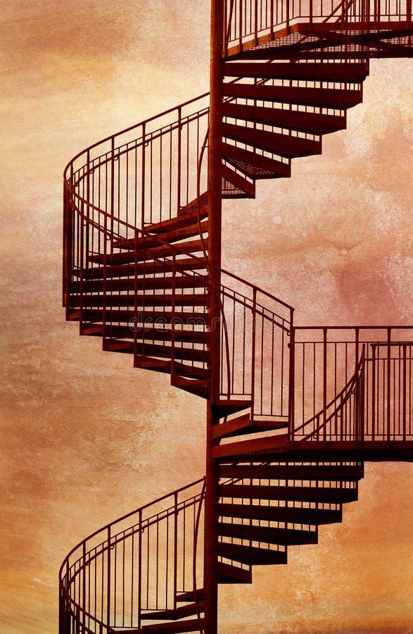 Rotes gewundenes Treppenhaus. lizenzfreie stockbilder