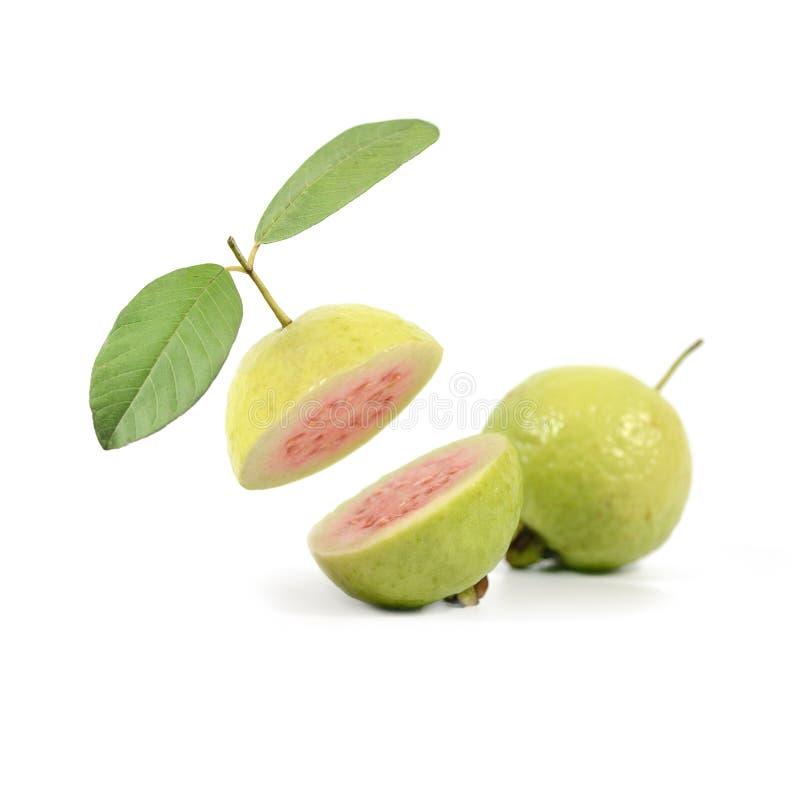 Rotes Guajava-Frucht Isolat auf weißem Hintergrund lizenzfreie stockfotos