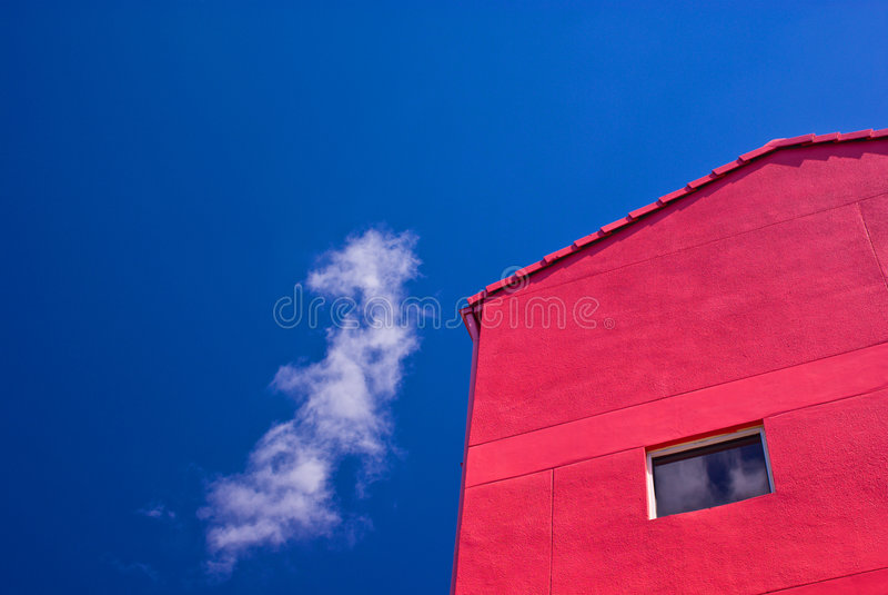 Rotes hölzernes Gebäude stockfotografie