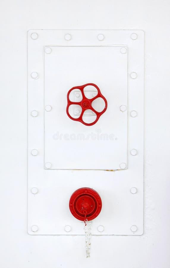 Rotes Hahn-Ventil lizenzfreies stockfoto