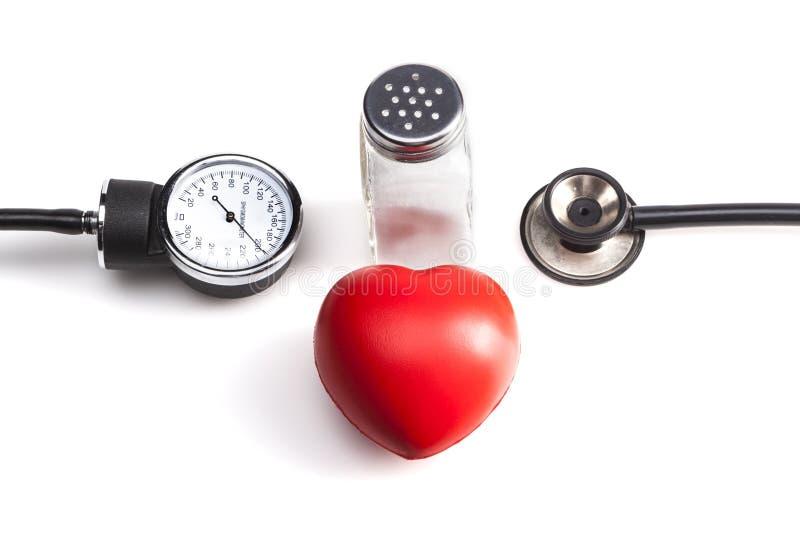 Rotes Herz und Salz stockbilder