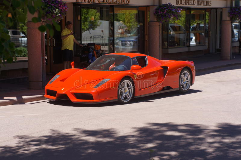 Rotes Lamborghini stockbild