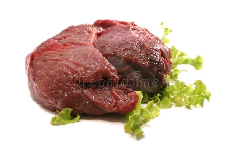 Rotes rohes Fleisch über Weiß lizenzfreies stockbild