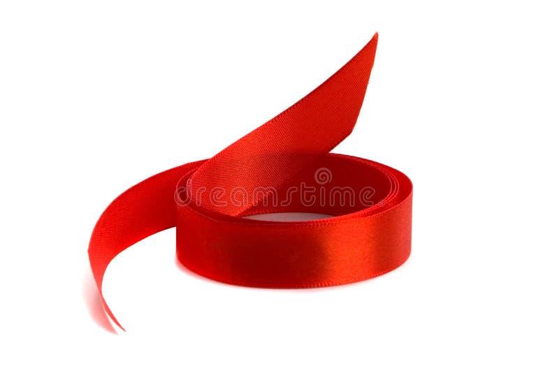 Rotes Satinfarbband lizenzfreie stockbilder