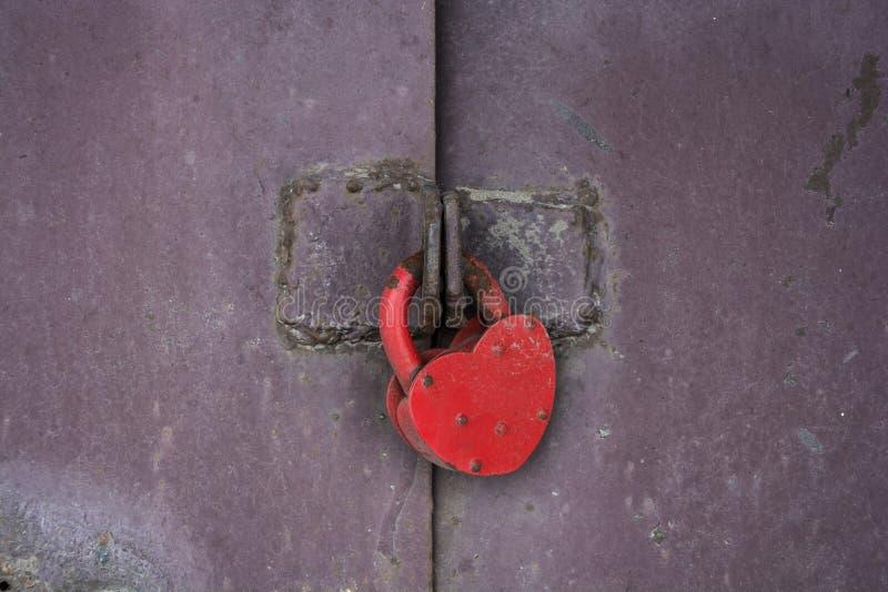 Download Rotes Schloss stockbild. Bild von effekt, schwarzes, aufbau - 90231875