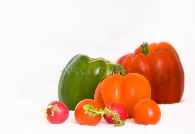 Rotes und grünes Gemüse lizenzfreie stockfotos