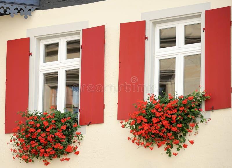 ROTHENBURG, GERMANY/EUROPE - 26 SEPTEMBER: Mooie bloem bas royalty-vrije stock afbeelding