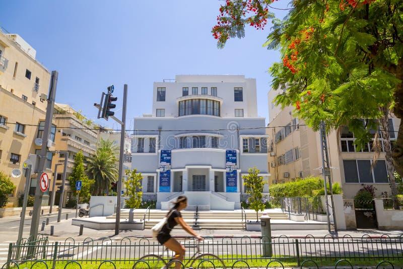 Rothschild boulevard i Tel Aviv, Israel royaltyfri fotografi