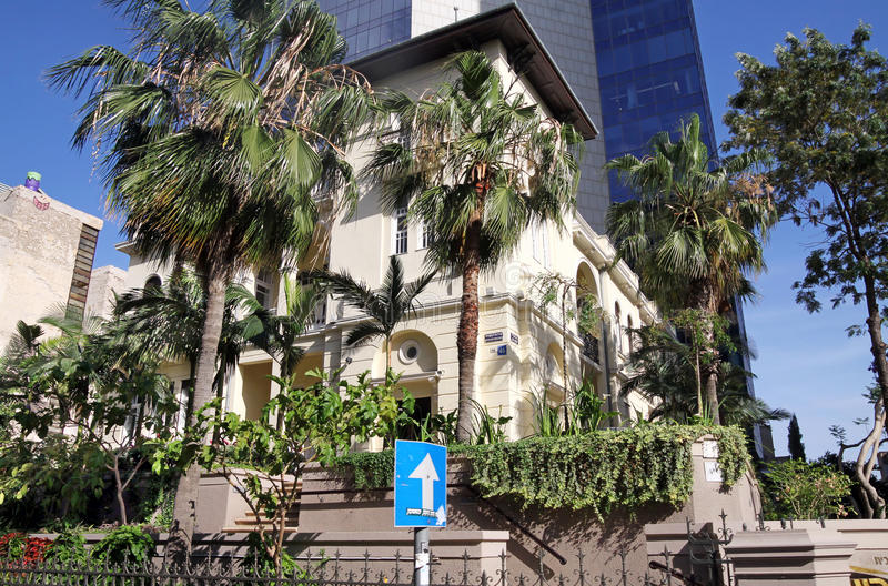Rothschild boulevard, 46, Tel Aviv royaltyfri fotografi