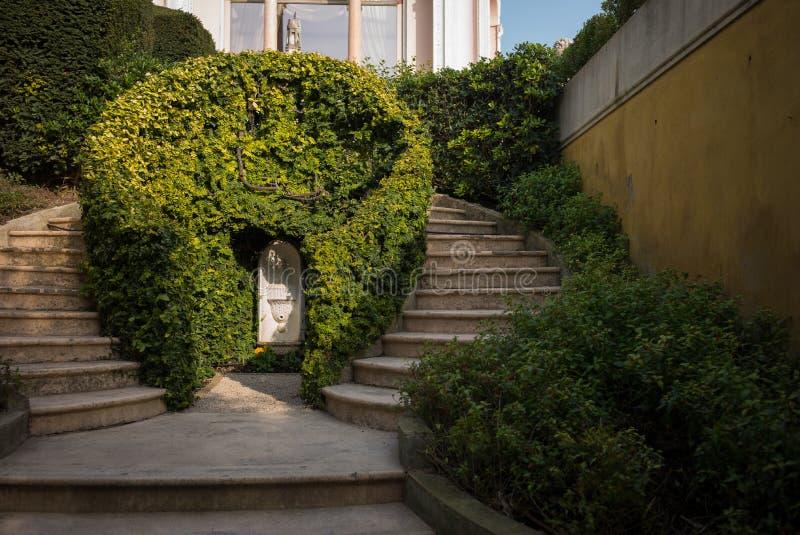 Rothschild trädgårdar och villa fotografering för bildbyråer