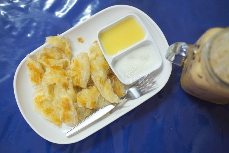 Roti με το γάλα και τη ζάχαρη στοκ εικόνες με δικαίωμα ελεύθερης χρήσης