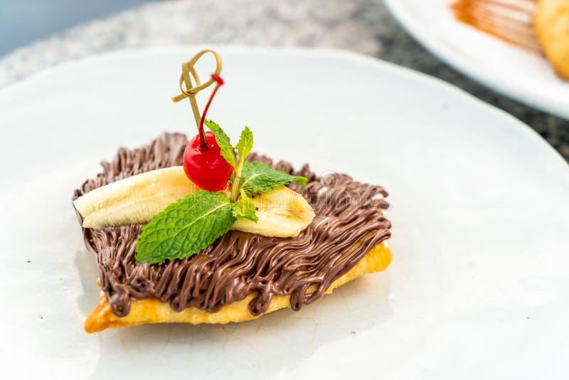 roti avec du chocolat et la banane photo libre de droits