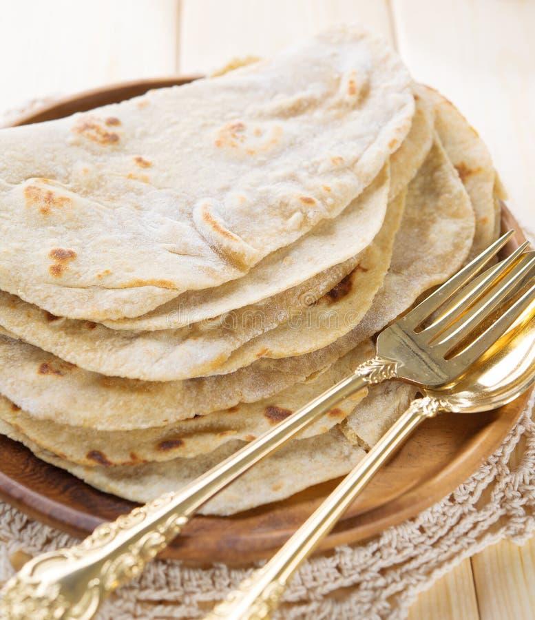 Roti för chapatti för Indien vegetarisk matslätt arkivbild