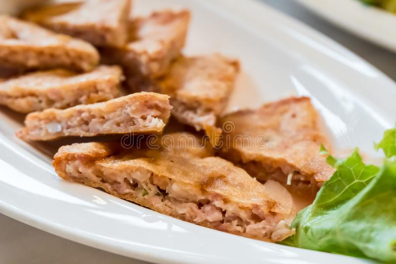 Roti-Mataba - μια γεμισμένη τηγανίτα ισλαμικός-ύφους στοκ φωτογραφία