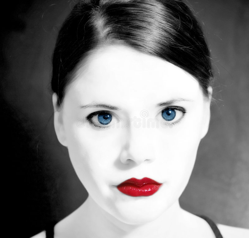 Rotlippen der blauen Augen der Frau lizenzfreies stockfoto