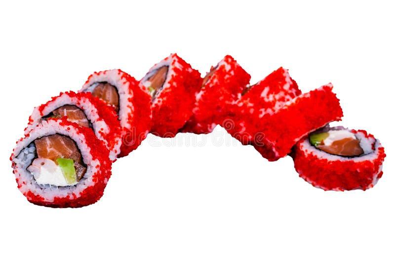 Rotoli di sushi con il caviale isolato su fondo bianco immagini stock libere da diritti