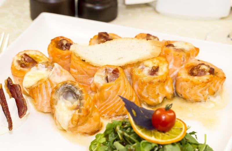 Rotoli fritti del pesce fotografia stock libera da diritti