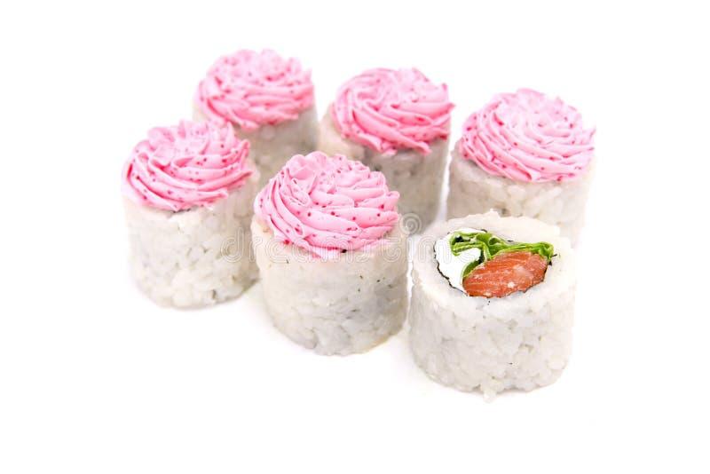 Rotoli tradizionali giapponesi di cucina isolati su fondo bianco immagini stock libere da diritti