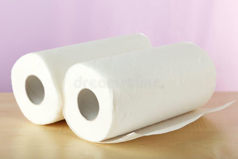 Rotolo dell'asciugamano di carta fotografia stock libera da diritti