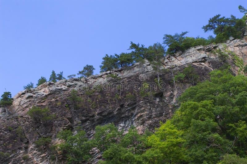 Rots - de Rand van de Berg royalty-vrije stock afbeelding