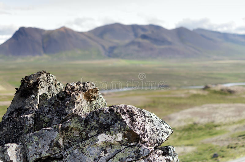 Rots en de berg stock fotografie