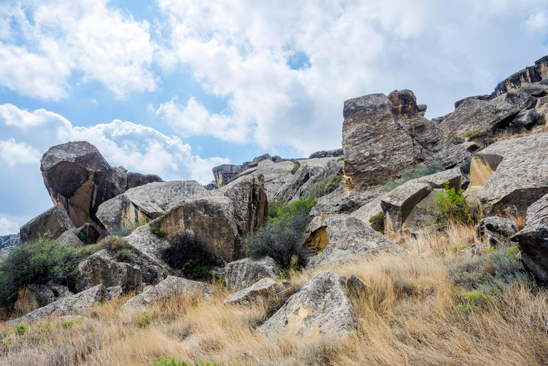 Rots in Gobustan, Azerbeidzjan stock afbeelding
