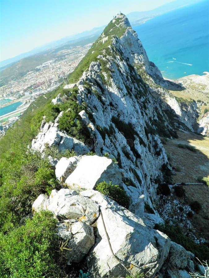 Rots van gribaltar vanaf de bovenkant wordt gezien die royalty-vrije stock fotografie