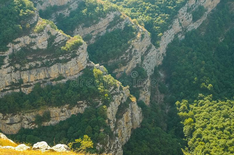 Rotsachtige bergen in Nagorno Karabakh, Azerbeidzjan royalty-vrije stock fotografie