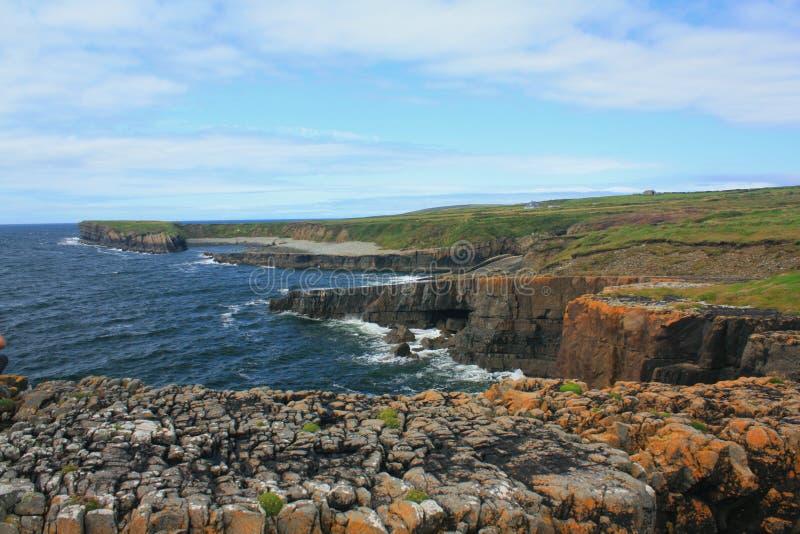 Rotsachtige Kust, Provincie Clare, Ierland royalty-vrije stock foto