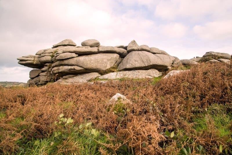 Rotsachtige panaoramic scène van de heuvels in Cornwall dichtbij st ives royalty-vrije stock afbeelding