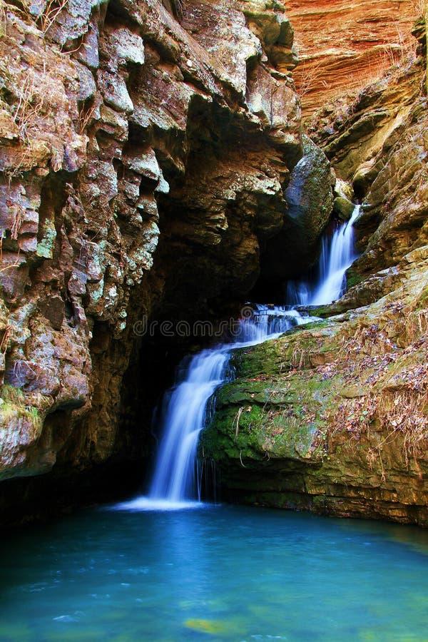 Rotsachtige Waterval royalty-vrije stock afbeelding