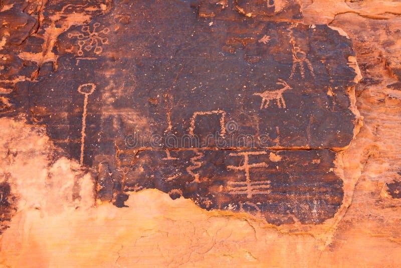 Rotstekeningen bij Vallei van Brand - Nevada royalty-vrije stock afbeeldingen