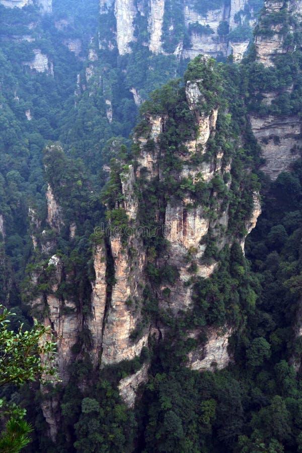 Rotsvormingen rond het Toneelgebied van Wulingyuan Welk dramatisch l royalty-vrije stock foto