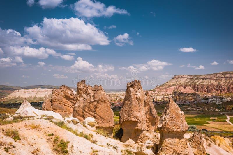 Rotsvormingen van Cappadocia stock foto's