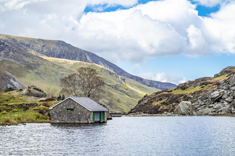 Rotten cottage at Ogwen valley with Llyn Ogwen in Snowdonia, Gwynedd, North Wales, UK - Great Britain, Europe stock image