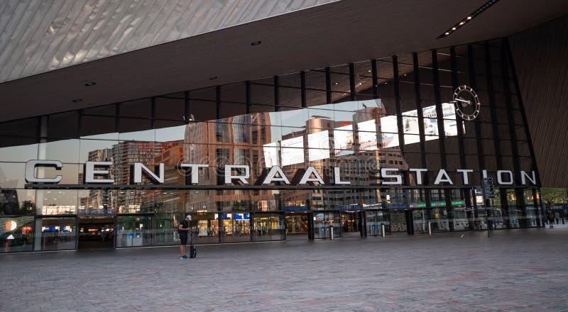 Rotterdam Centraal, Centrale post de bouwingang royalty-vrije stock foto