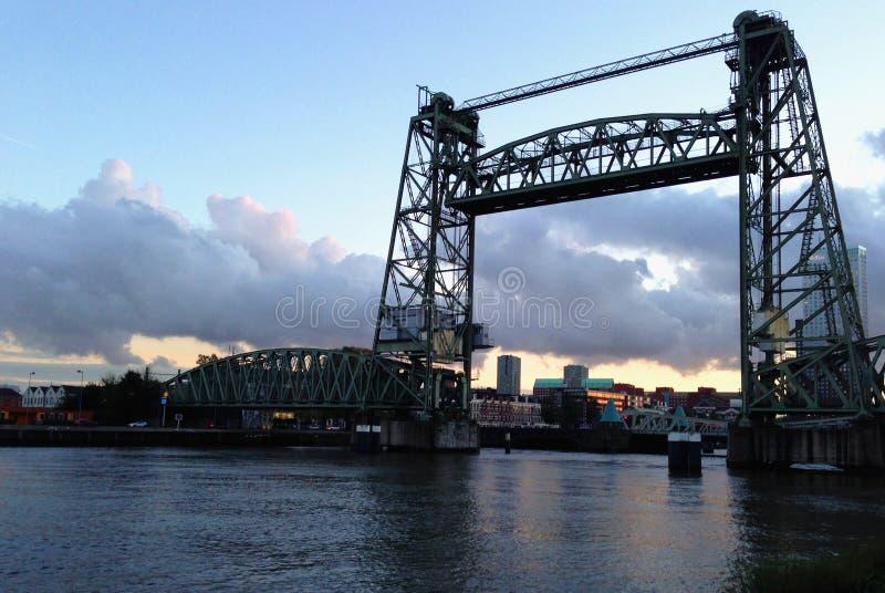 Rotterdam-Himmelansicht lizenzfreie stockfotos