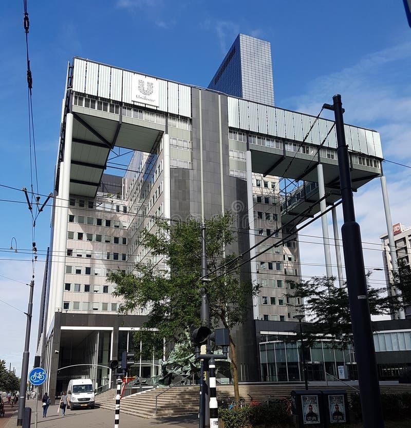 Rotterdam holandie - Kierowniczy biuro Unilever firma przy Weena obrazy royalty free